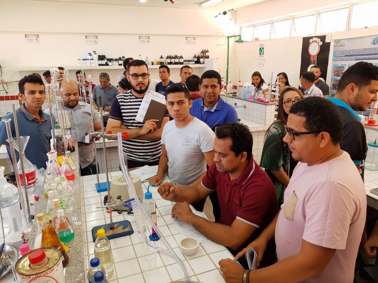 LabCED Itinerante,  criativade e cooperação nos laboratórios de Ciências e Matemática das escolas estaduais